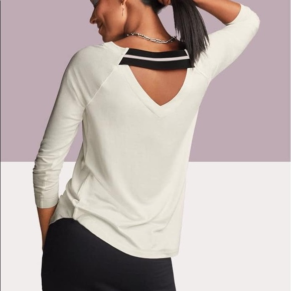 CAbi Tops - Cabi Center Sweatshirt, XL